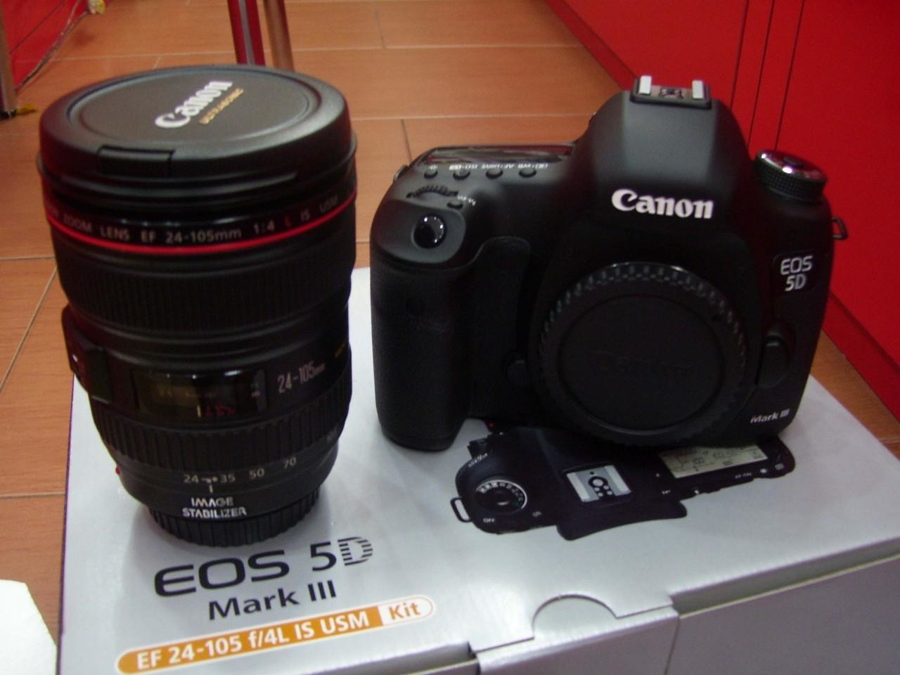 Canon Pix Z9 - 2